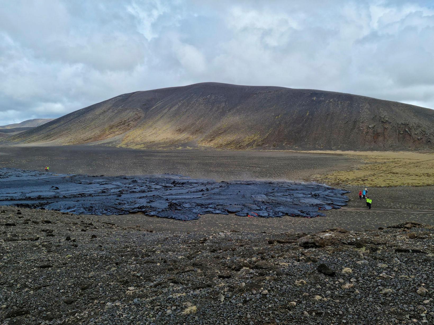 Mynd frá 1. júní eftir að hraunið varð þunnfljótandi.