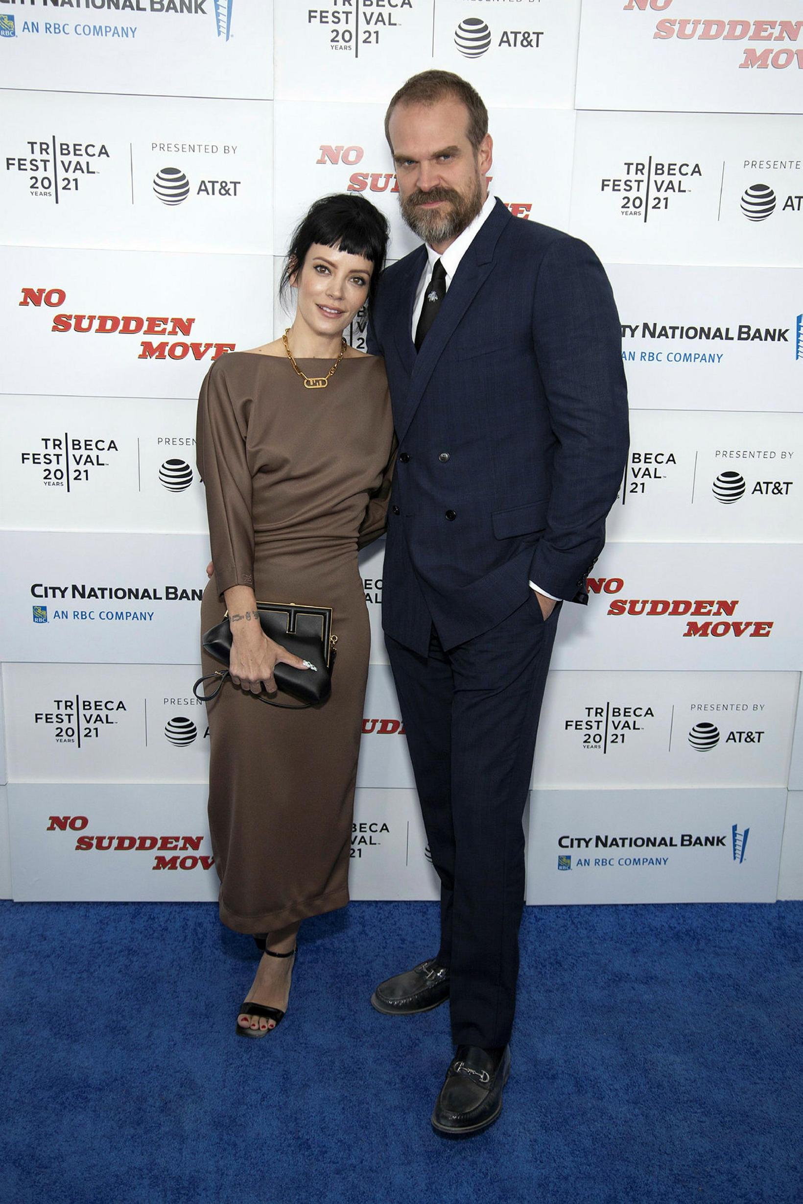 Lily Allen og David Harbour eru gift.