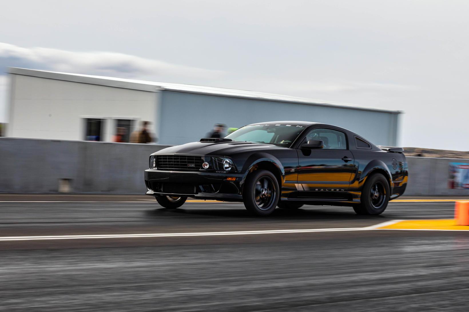 Hilmar Jacobsen sigraði í TS-flokki á Saleen Mustang.