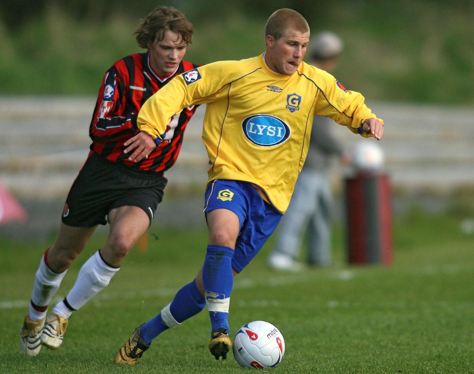 Óskar Örn Hauksson í leik með Grindavík árið 2006.