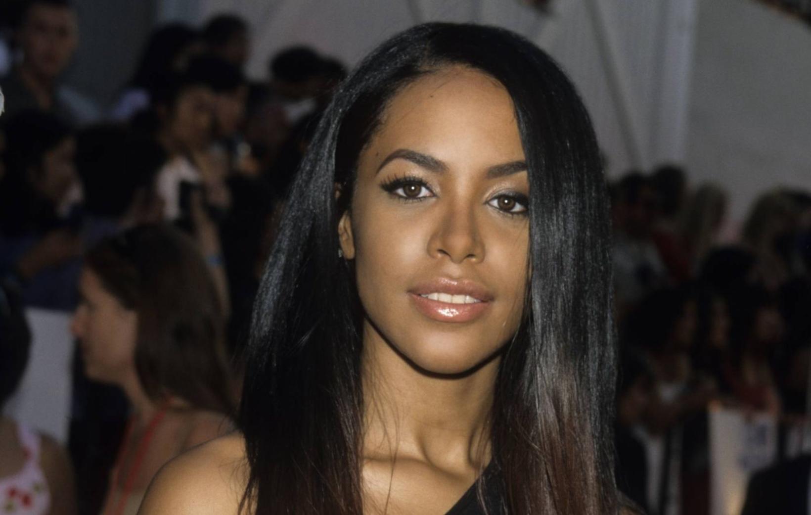 Aaliyah vildi ekki fara um borð í flugvélina sem hrapaði …