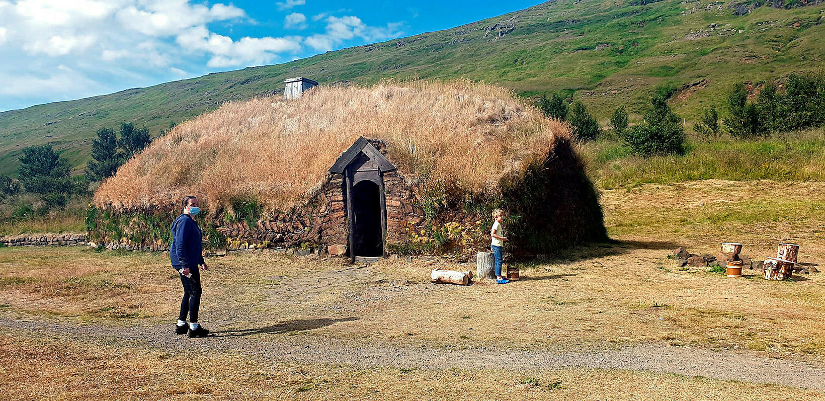 The longhouse at Eiríksstaðir.