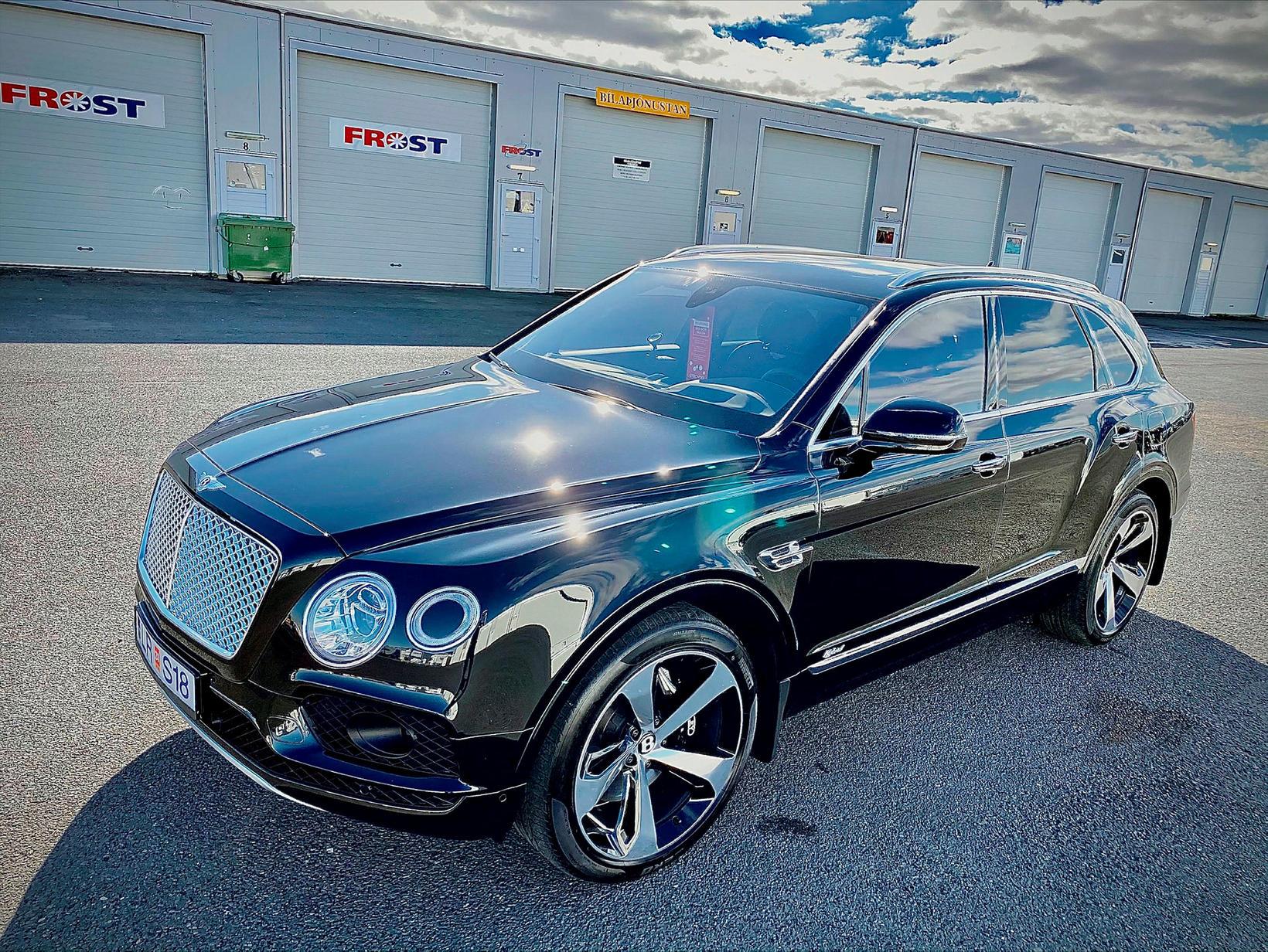 Hér má sjá Bentley sem Guðmundur gerði flottari en nýjan.