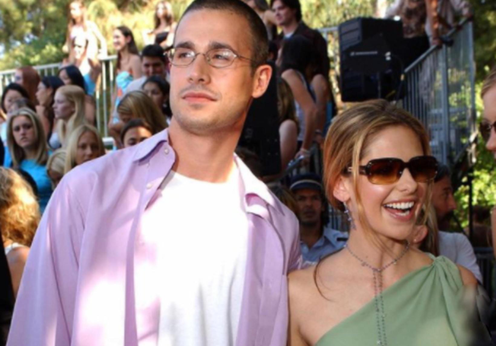 Sarah og Freddie eru mjög sæt saman!