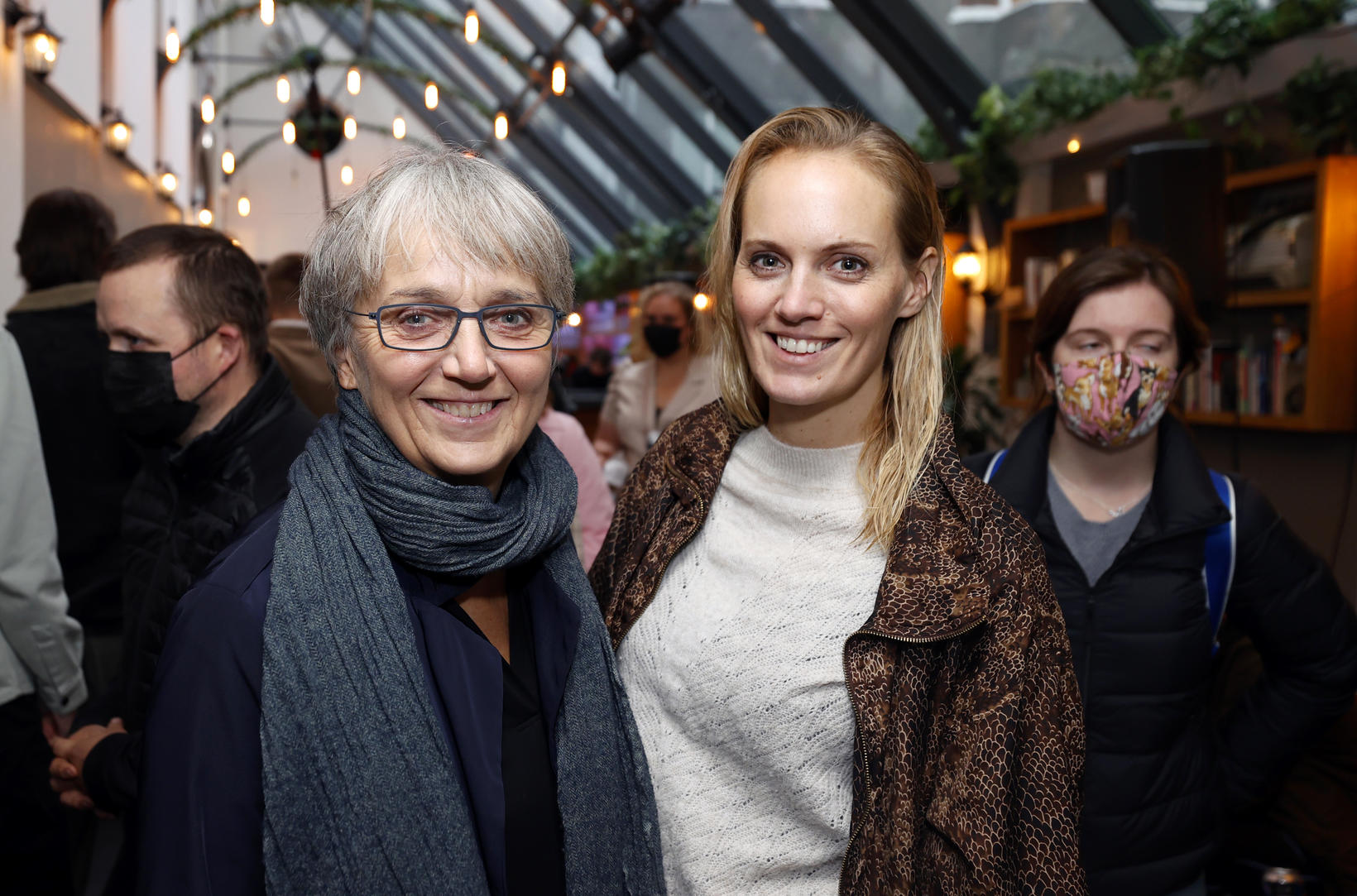 Lilja Jóhannsdóttir og Dóra Jóhannsdóttir.