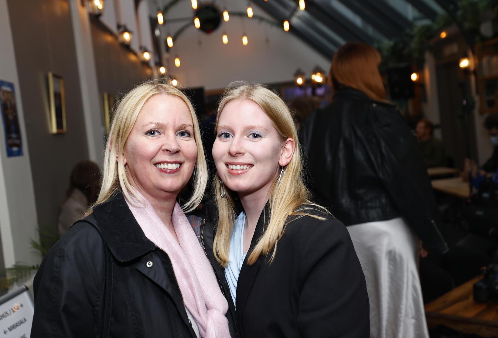 Margrét Kristín Sigurðardóttir og Helena Margrét Jónsdóttir.