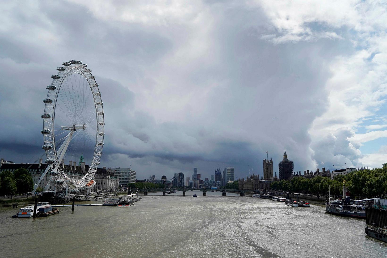 London Eye er eitt þekktasta Parísarhjól í heimi.