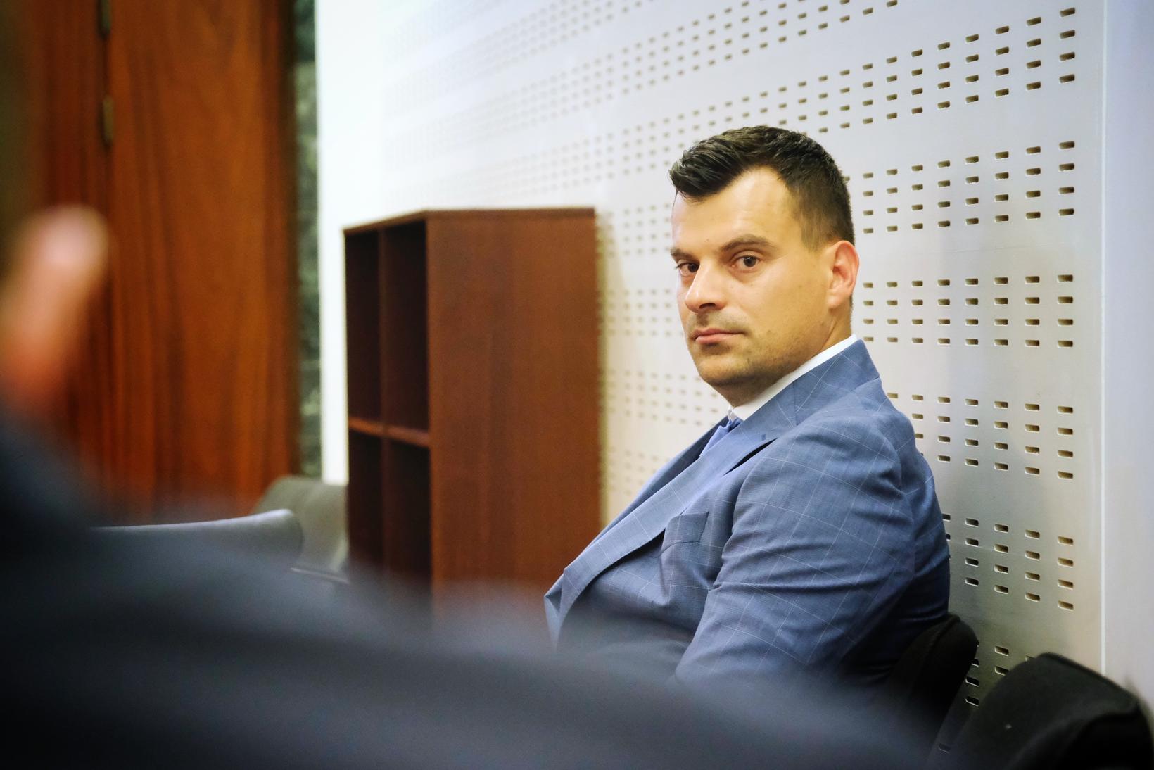 Murat Selivrada.