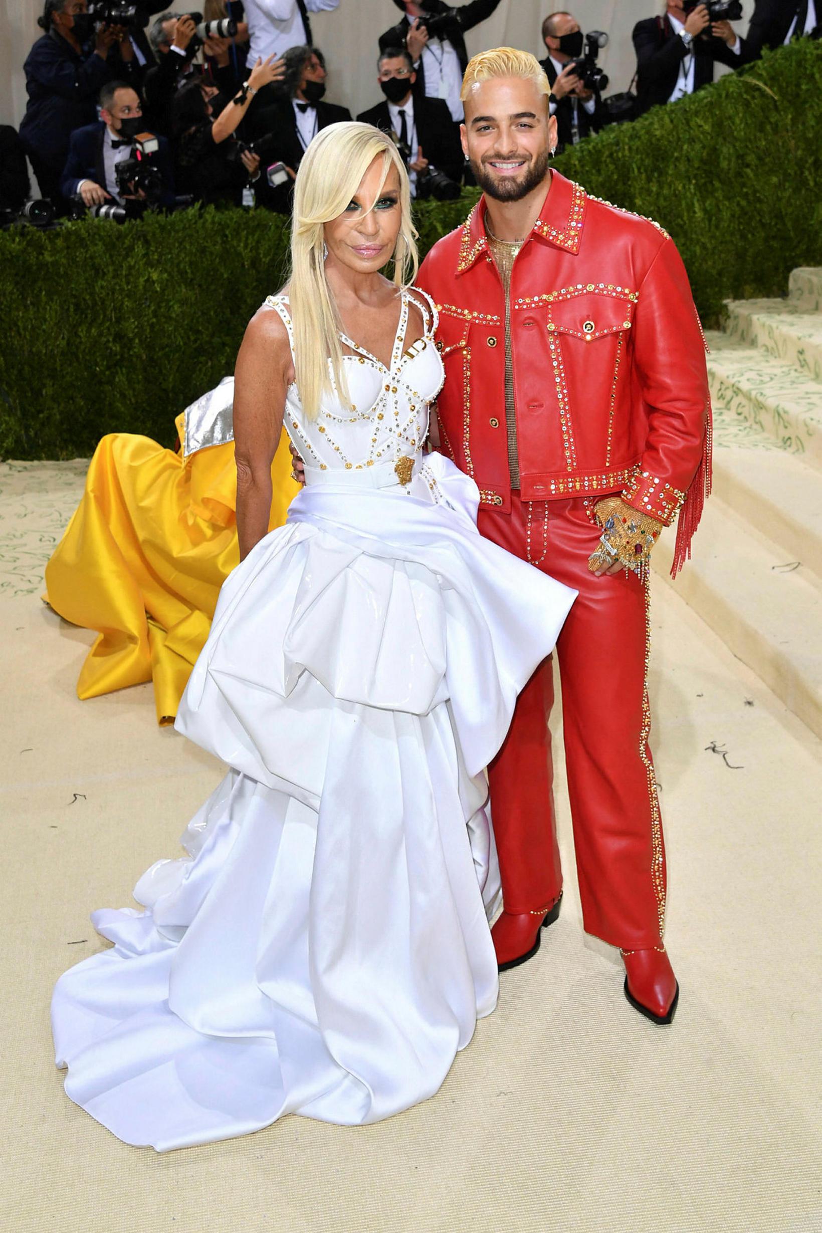 Donatella Versace og tónlistarmaðurinn Maluma.