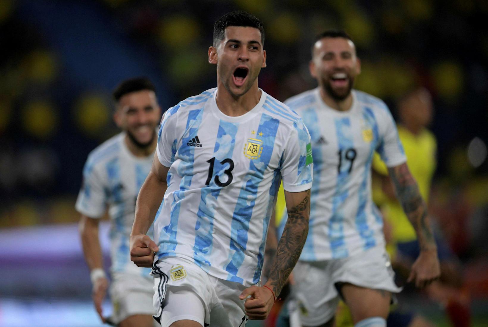 Argentínski varnarmaðurinn Cristian Romero er kominn til Tottenham frá Atalanta …