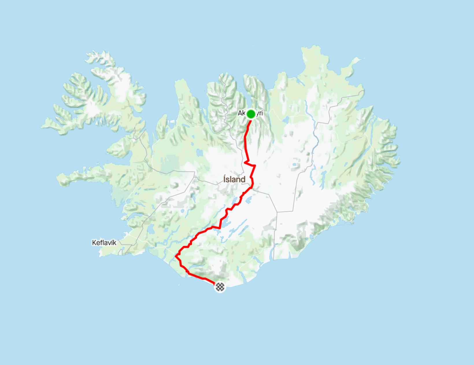 Leiðin sem McElveen hjólaði þvert yfir Ísland.