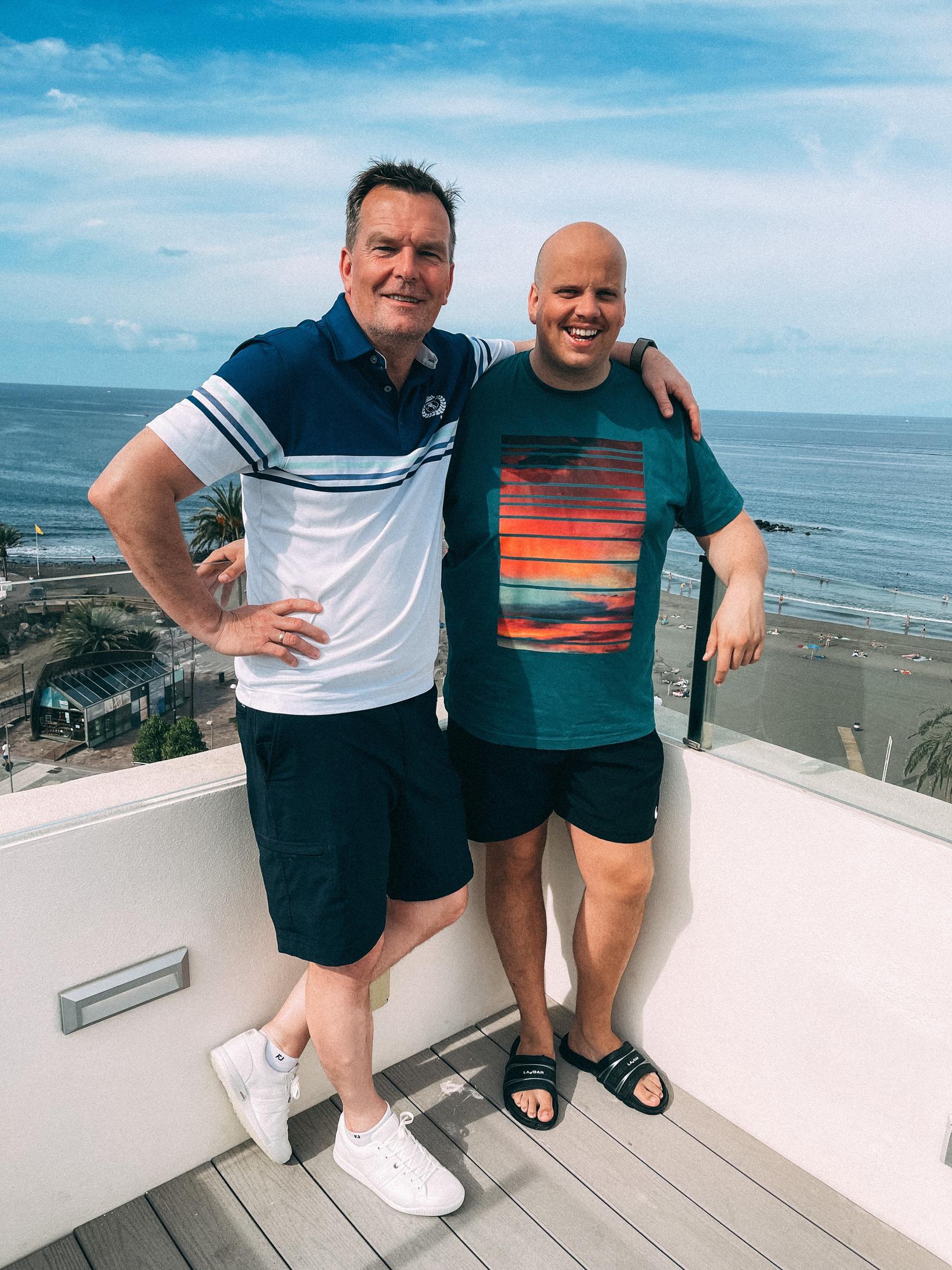 Logi Bermann og Siggi Gunnars eru nú staddir á Tenerife …