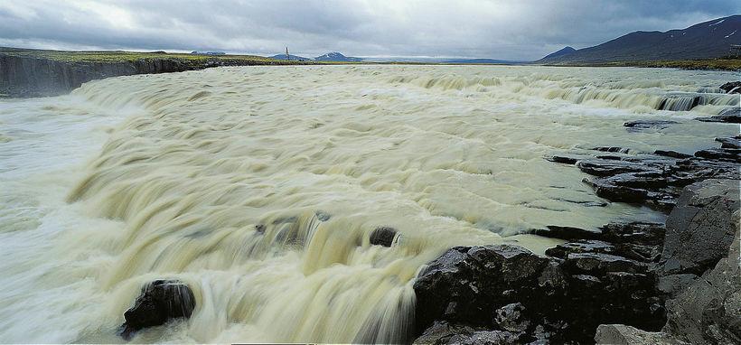 Jökulsá á Fljótsdal glacial river. The Jokulsa in Fljotsdalur river ...