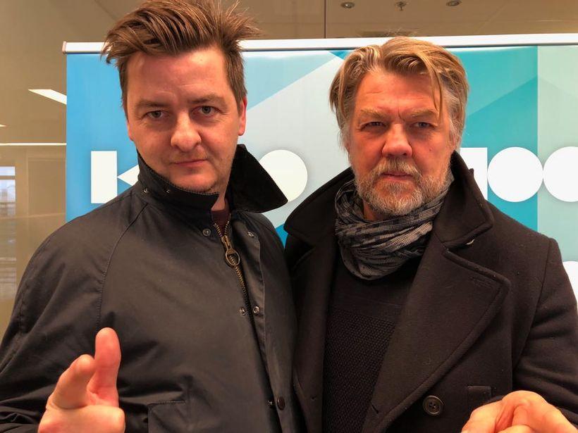 Stefán Magnússon og Helgi Björnsson tóku lagið í Ísland vaknar ...
