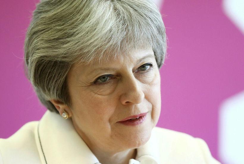 Theresa May, forsætisráðherra Bretlands, mun ávarpa þingið í dag.