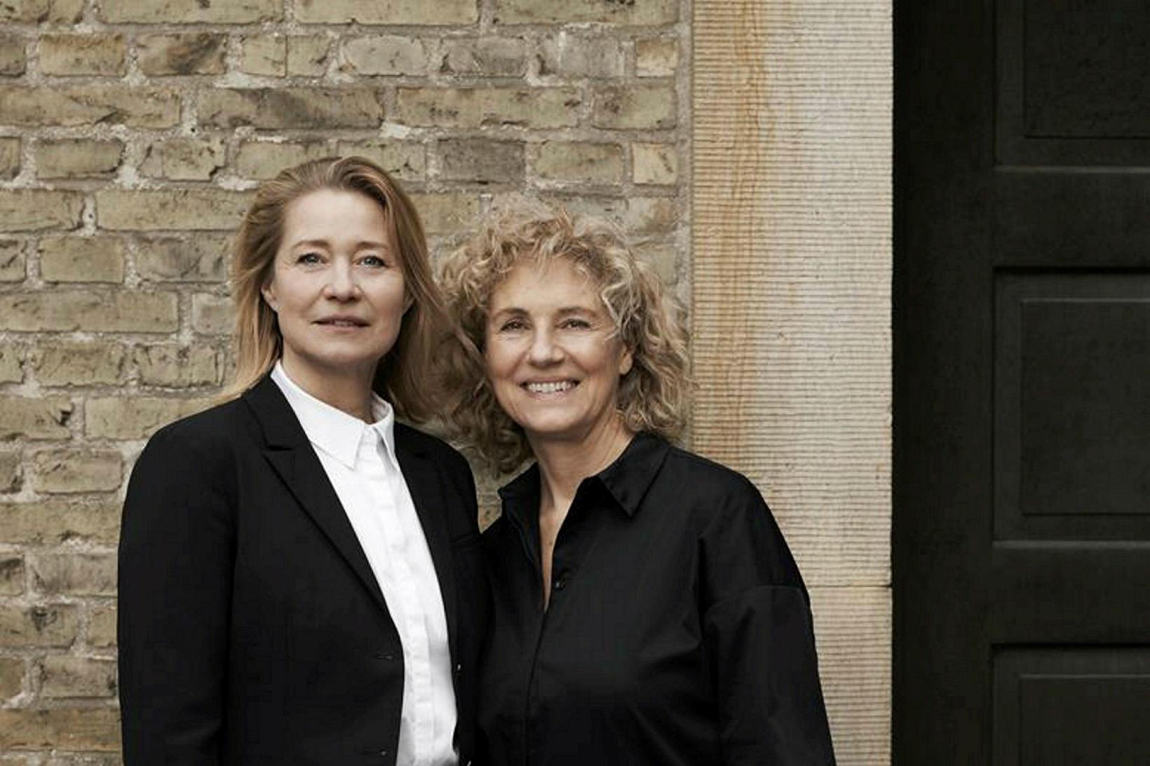 Leikkonan Trine Dyrholm og Charlotte Sieling leikstjóri kvikmyndarinnar Margrete den …