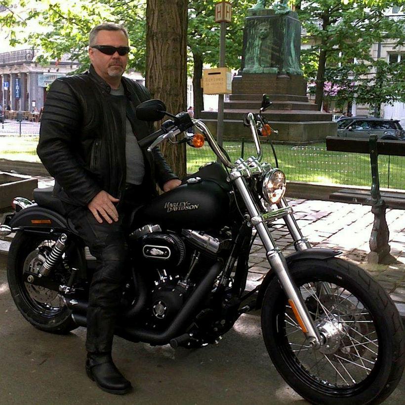 Bjarni Vestmann á Harley Davidson hjólinu sínu.