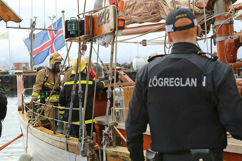Of fáir voru til að sinna því sem þurfti þegar ...