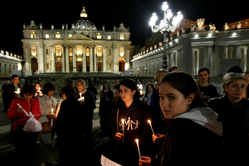 Bænastund í Vatikaninu vegna Alfies á fimmtudagskvöld.