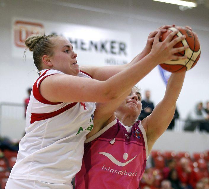 Systurnar Helena Sverrisdóttir og Guðbjörg Sverrisdóttir