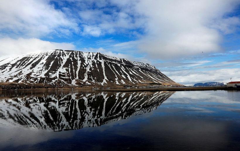 Eyrarfjall mountain, by Ísafjörður.