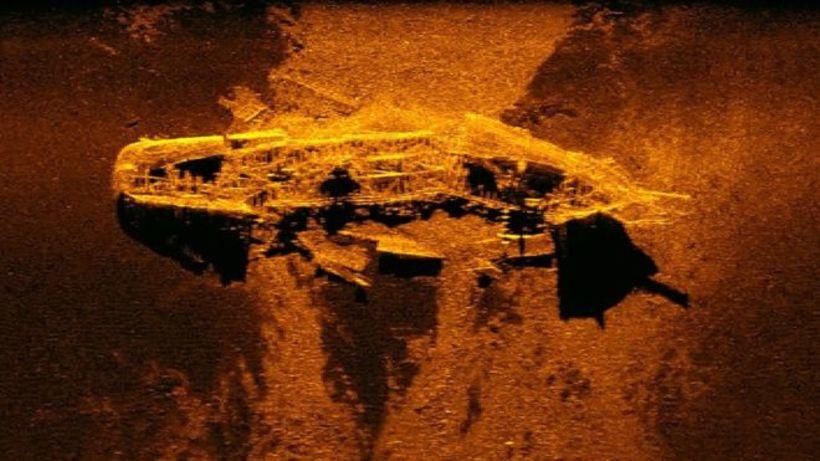 Talið er að bæði flökin séu bresk kolaflutningaskip frá 19. ...
