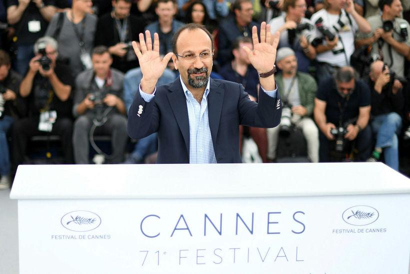 Íranski leikstjórinn Asghar Farhadi var mættur á frumsýningu Todos Lo ...