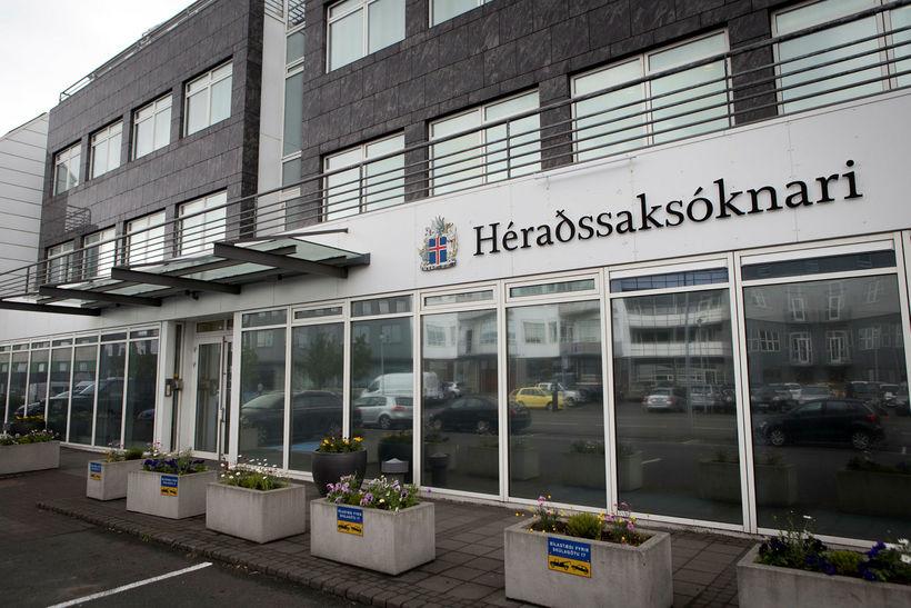 Það er embætti héraðssaksóknara sem ákærir í málinu.