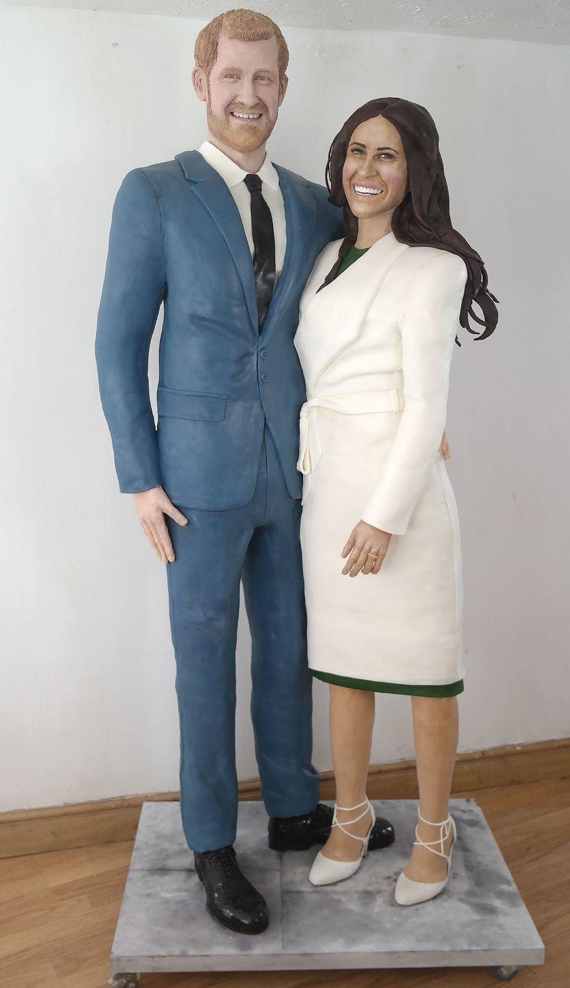 Til að fagna brúðkaupi Harry prins og Meghan Markle bakaði …