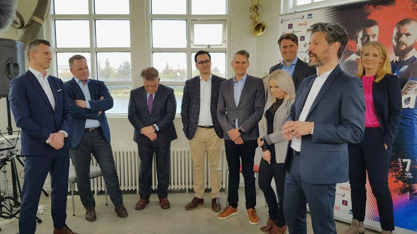 Guðni Bergsson, formaður KSÍ, og Dagur B. Eggertsson borgarstjóri kynntu ...