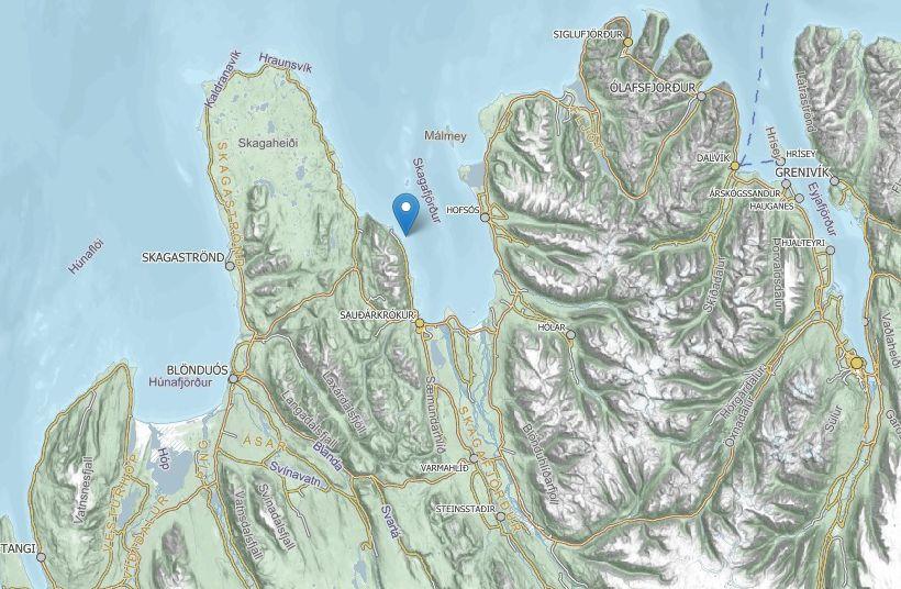 Báturinn lenti í vanda við Ingveldarstaðahólma í Skagafirði.