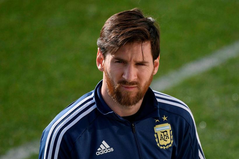 Lionel Messi er fyrirliði Argentínu.
