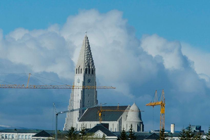 Arnór og Álfheiður deila áhyggjum af því að hagkvæmt húsnæði ...