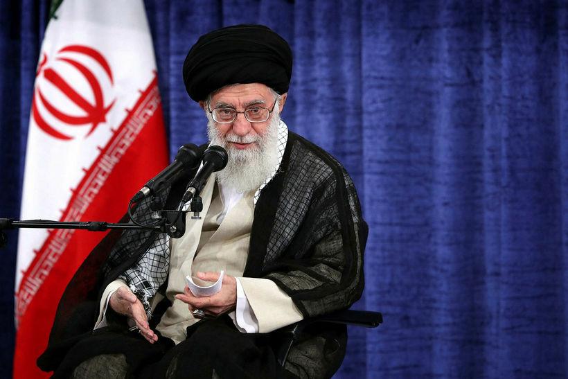 Ali Khamenei erkiklerkur, æðsti leiðtogi Írans.