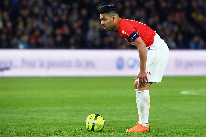 Radamel Falcao spilar með Monaco.