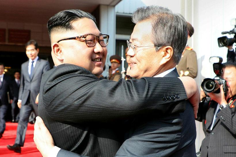 Kim Jong-un, leiðtogi Norður-Kóreu, og Moon Jae-in, forseti Suður-Kóreu, á ...