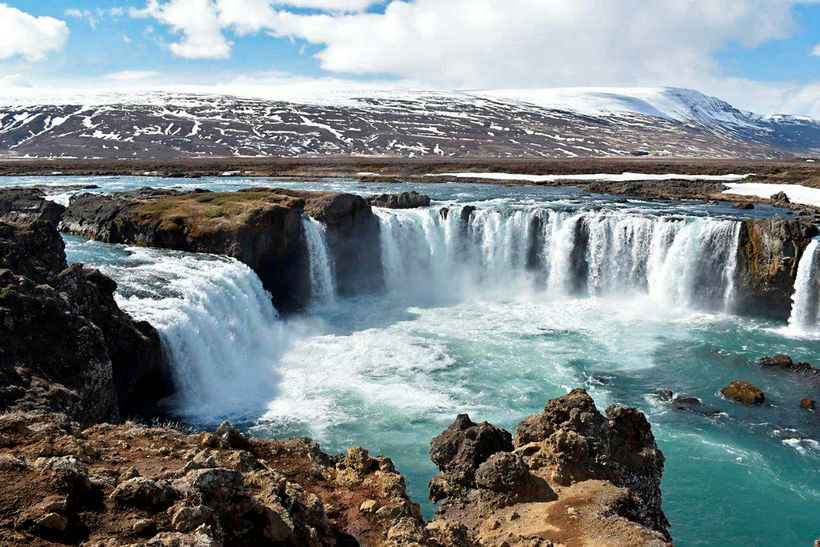 Goðafoss is close to the Mývatn area.