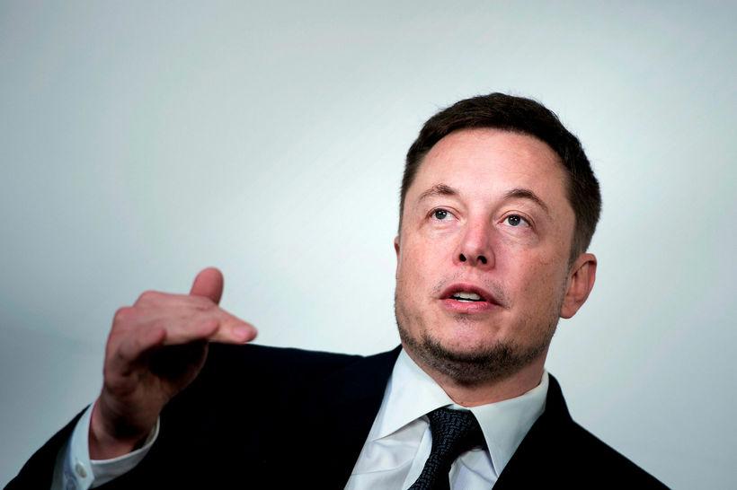 Elon Musk framkvæmdastjóri Tesla.