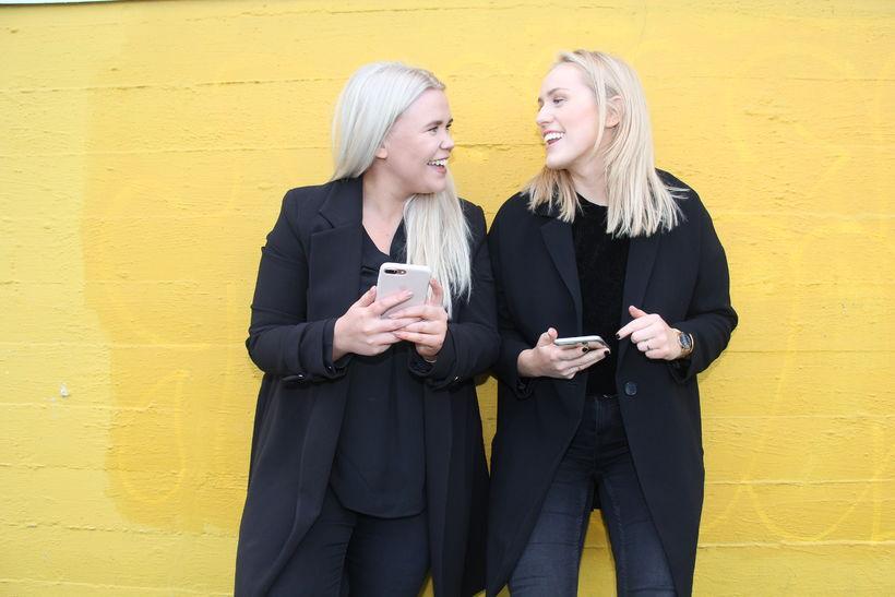 Birgitta Rún Sveinbjörnsdóttir og Hugrún Ragnarsdóttir, stofnendur Studio Yellow.