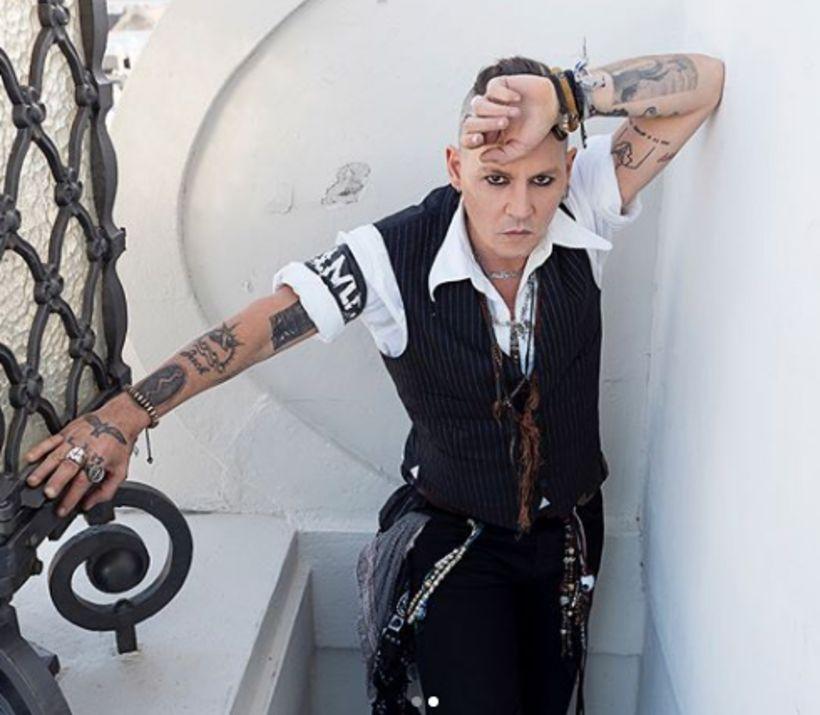 Johnny Depp er á tónleikaferðalagi með Hollywood Vampires.