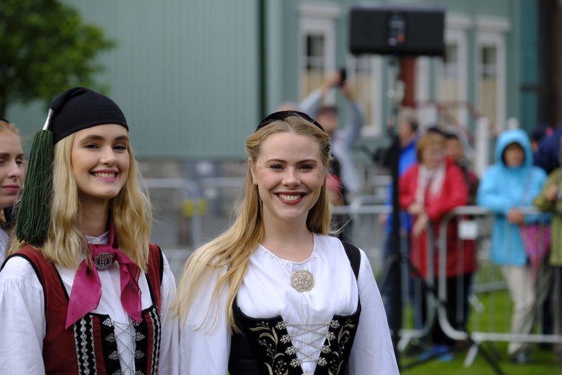 Þjóðhátíð á Austurvelli. 17. júní.
