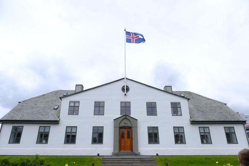 Mánaðarlaun forstjóra Landspítalans hækkuðu um hálfa milljón við úrskurðinn.