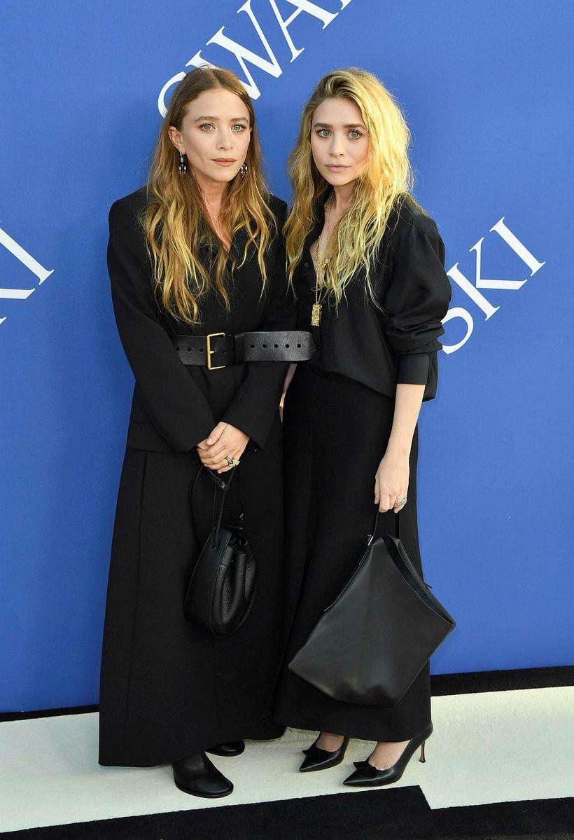 Mary-Kate Olsen og Ashley Olsen eru nánar enda frægir tvíburar.