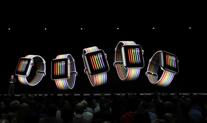 Apple Watch fá líka upplyftingu.