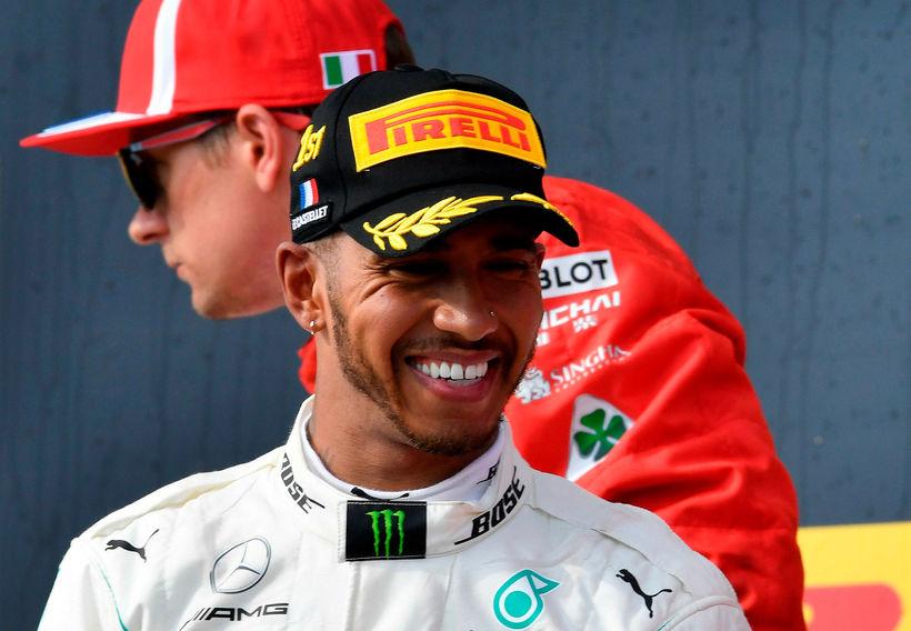 Lewis Hamilton ók hraðast á fyrstu æfingu austurríska kappakstursins.