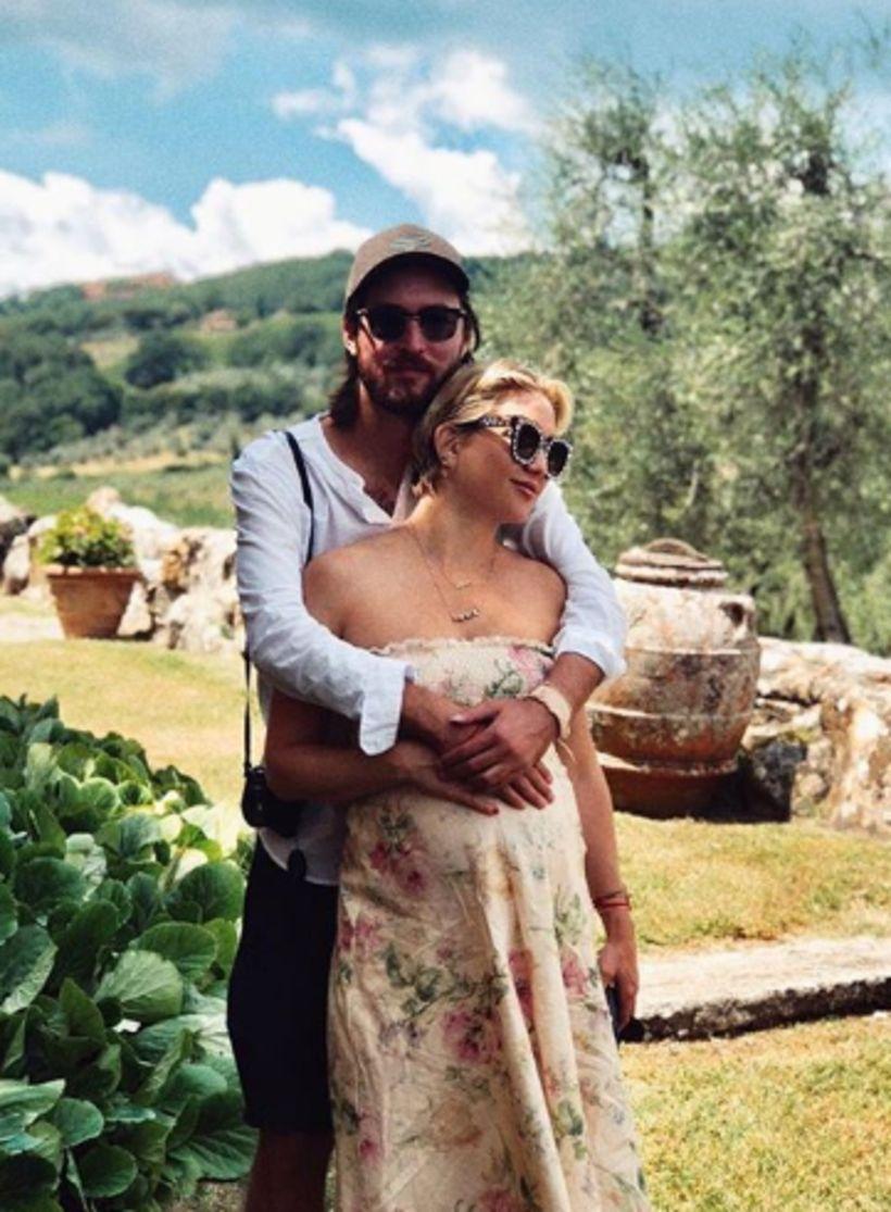 Kate Hudson og Danny Fujikawa eru ástfangin.