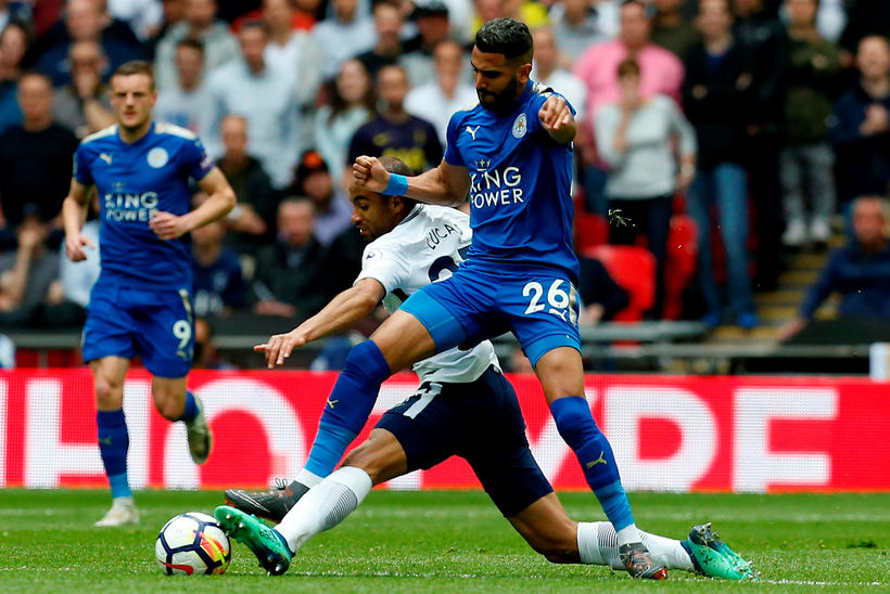 Manchester City keypti alsírska kantmanninn Riyad Mahrez af Leicester City ...