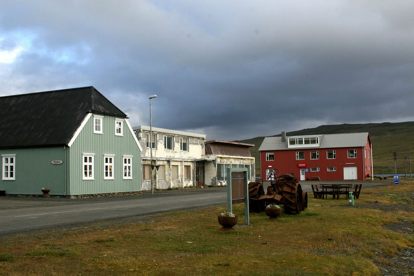 Íbúar á Borðeyri gætu þurft að bíða í allt að ...