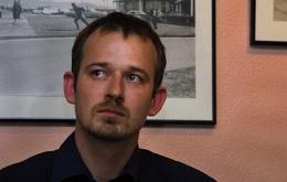 Róbert Marshall, var fréttamaður á Stöð 2, og gegndi stöðu ...