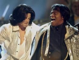 Michael Jackson og James Brown.
